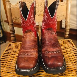 Justin Gypsy Red Buffalo Squared Toe Boots